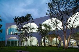 Tama Art University Library, Toyo Ito